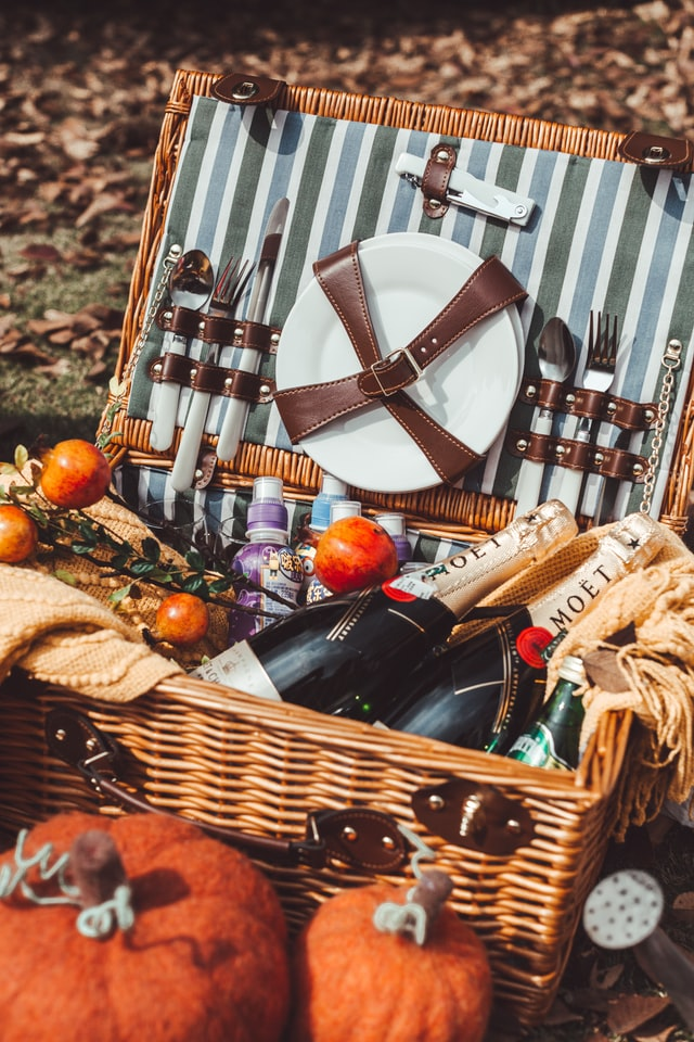 Seven Super Ideas for Preparing the Ideal Picnic in South Manchester
